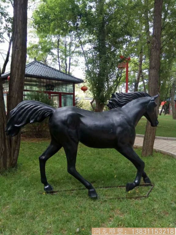 玻璃钢黑马雕塑 玻璃钢马雕塑1