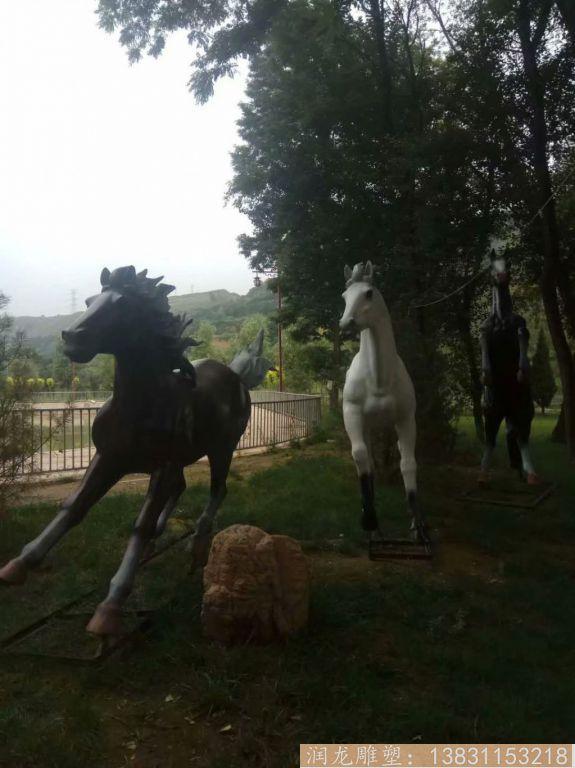 玻璃钢马雕塑 草坪玻璃钢马动物雕塑